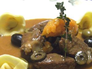 プロバンス風牛肉の煮込みフレッシュパスタ添え
